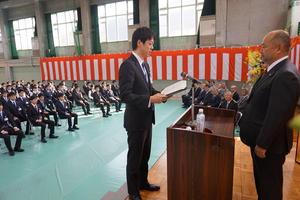 入社式:新入社員代表あいさつ.JPG