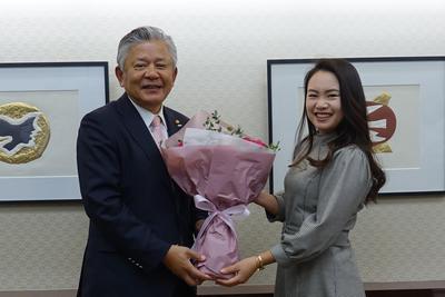 河本選手と高橋さん.jpgのサムネイル画像のサムネイル画像